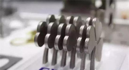 如何提高激光切割机切割精度?